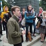 Студенты Российской академии живописи, ваяния и зодчества Ильи Глазунова в Сергиевом Посаде